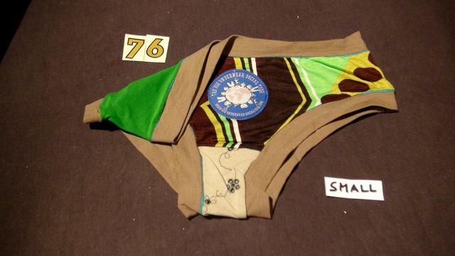 No. 76 Panties Small
