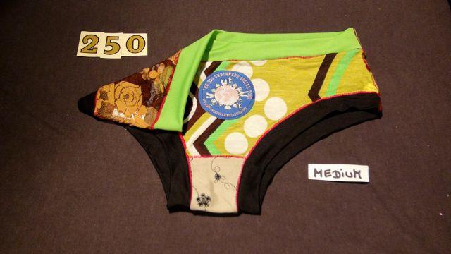 No. 250  Panties Medium